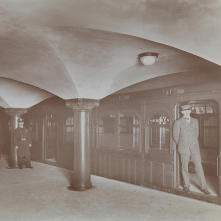 Byron Company (New York, N.Y.). Subway, Hudson Tubes. ca. 1908. Museum of the City of New York. 93.1.1.14608.