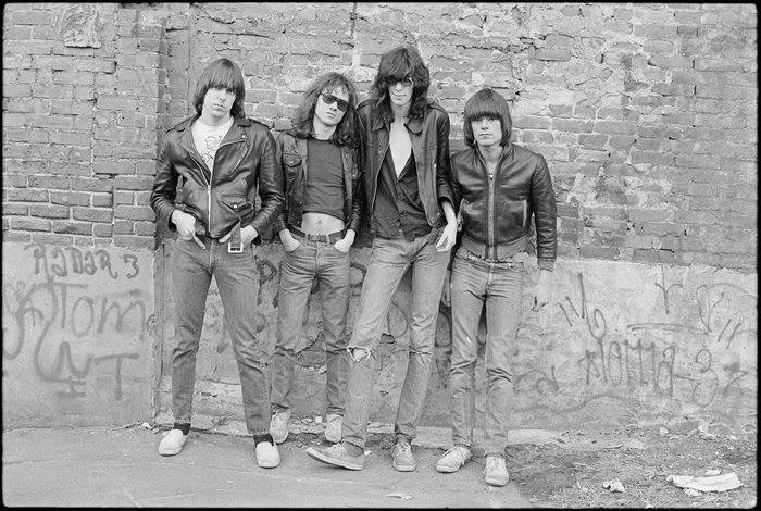 The Ramones New York 1976 (First album cover)