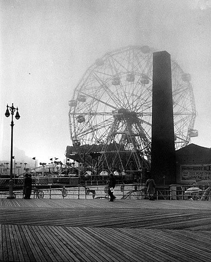 An image of Wonder Wheel in Coney Island