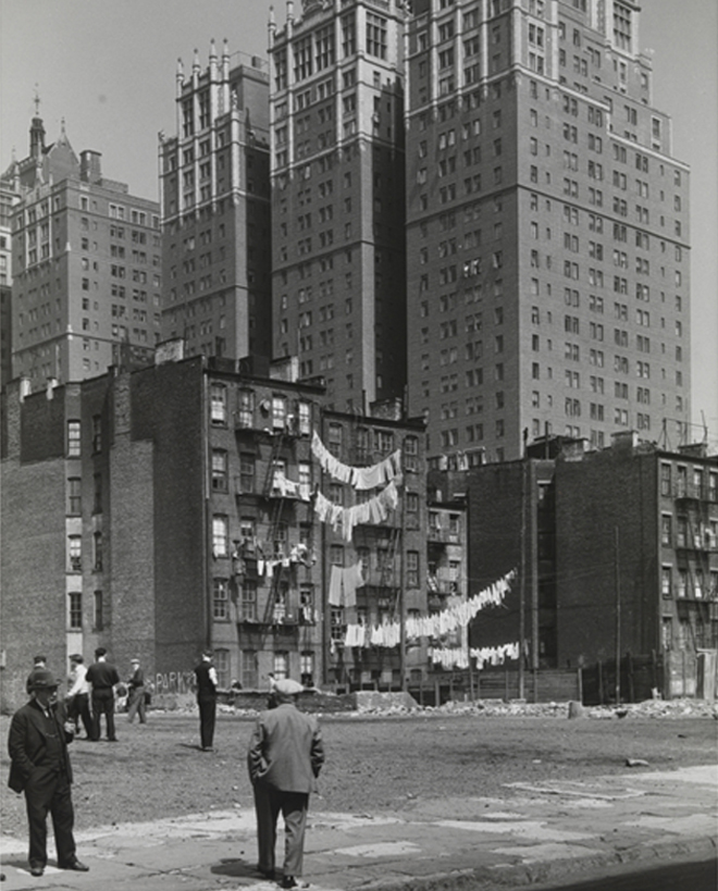Samuel H. (Samuel Herman) Gottscho (1875-1971). Tudor City from 39th Street. c. 1930-1933. Museum of the City of New York. 39.20.24