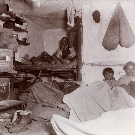 Jacob Riis photograph, Five Cents a Spot