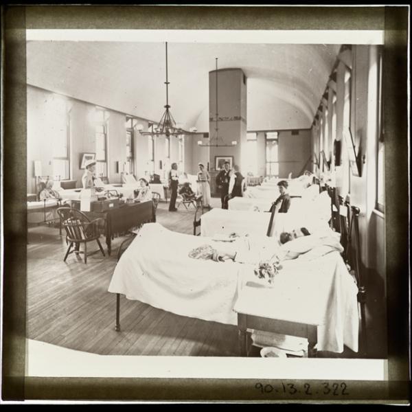 随着今年流感季节的开始,我们反思了1918年该市不得不应对的流感大流行和其他传染病。
