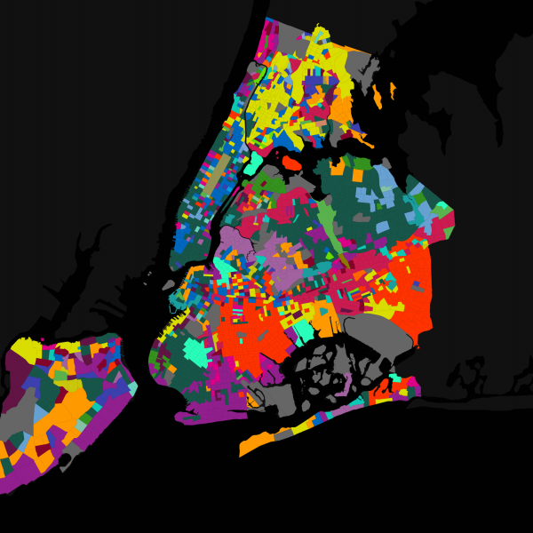 Map of New York City, including outer boroughs. Colored sections mark different languages spoken in each location.