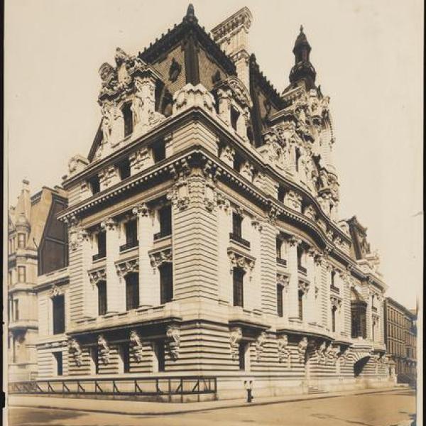 Foto de Wurts Bros da mansão do senador Clark na Quinta Avenida 960, cortesia do museu.